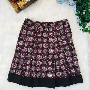 LOFT Pleated Skirt Adorned with sequins size 6p